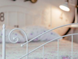 Was ist eigentlich ein Futonbett und worin unterscheidet es sich von anderen Betten?